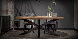 UrbanSofa ovale tafel 240 cm met zwarte spider poot